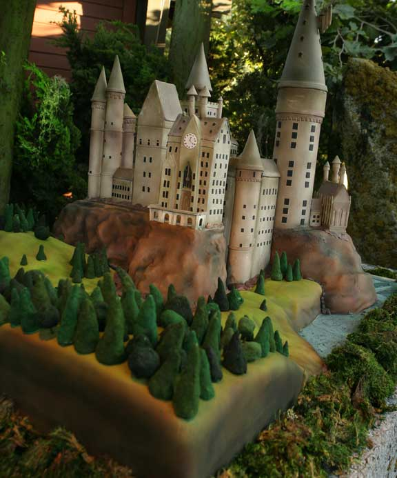 harry potter castle cake. Hogwarts Castle Cake
